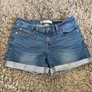Cute Levi shorts